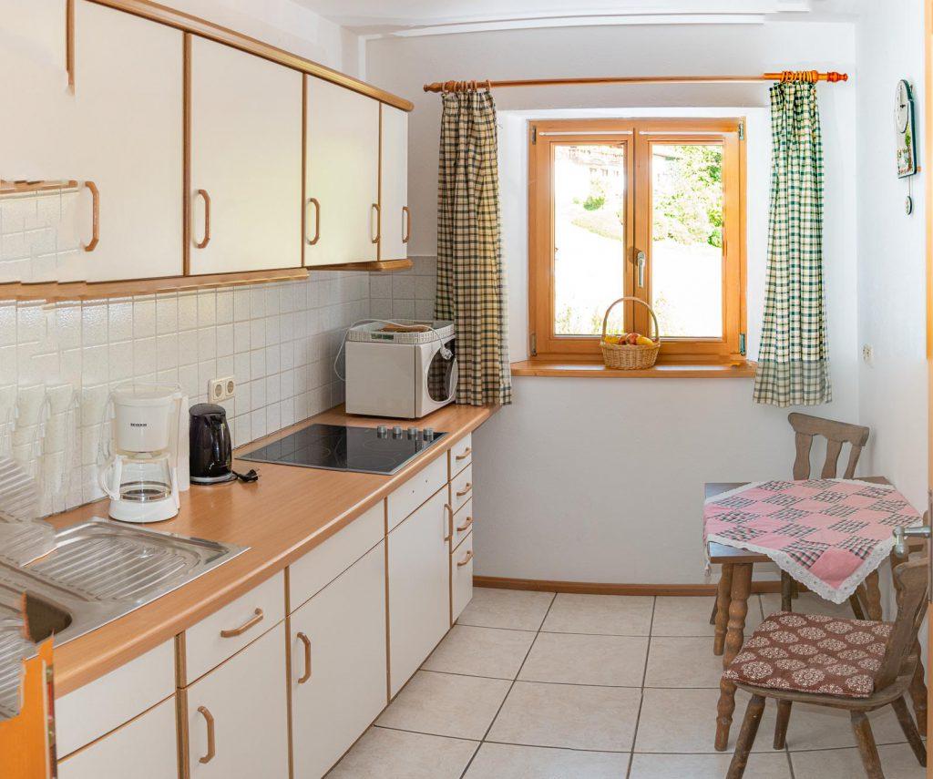 Küche der Ferienwohnung am Wössner See